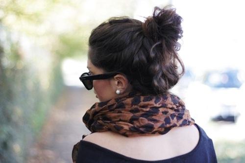 Фото девушек в очках и со спины на аву