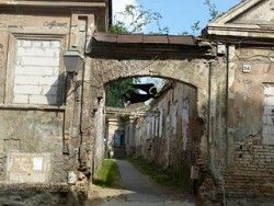 Низкий уровень благосостояния превратил Ригу в вымирающий город