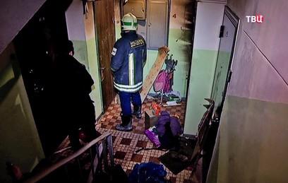 Очевидцы рассказали о спасении детей при пожаре в доме в Москве