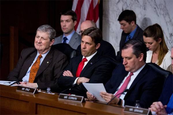 Сенатор США: Я потребовал от русских властей, чтобы те убрались из Крыма