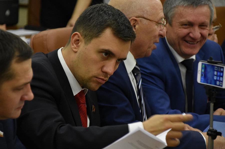 История с «макарошками»: прожиточный минимум увеличен, депутат Бондаренко приступил к испытаниям