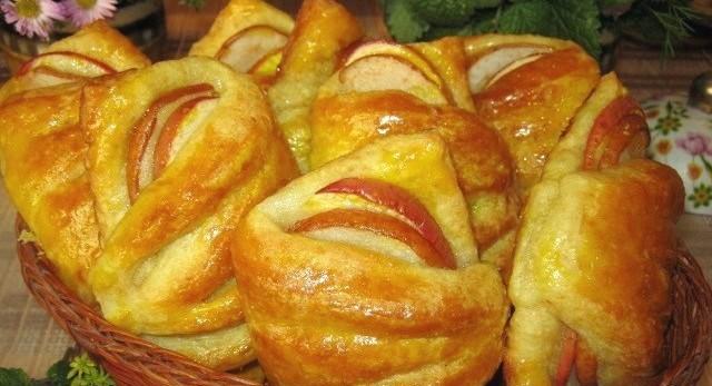 Идеальный рецепт булочек с яблоками из творожного теста