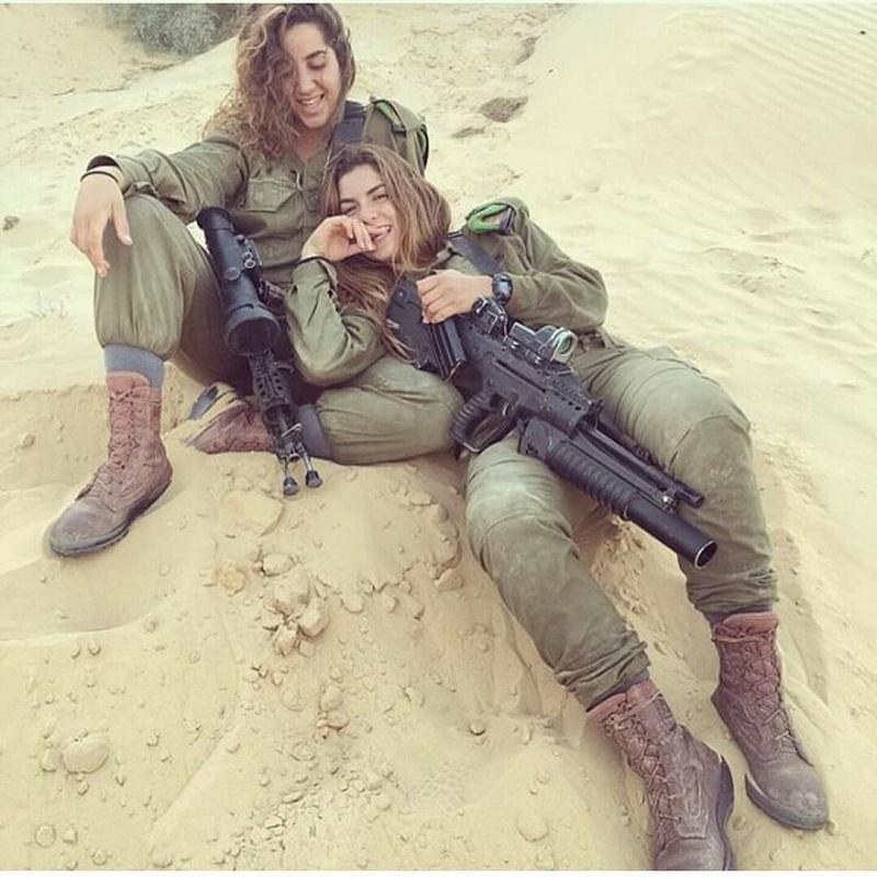 """""""Степные рыси"""" — фото  красавиц, которые служат в израильском спецназе"""