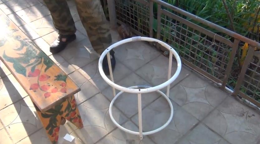 Изделия из пластиковой трубы своими руками видео