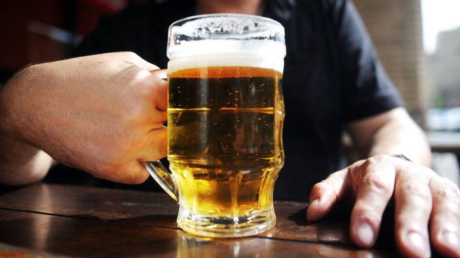 Почему после алкоголя происх…