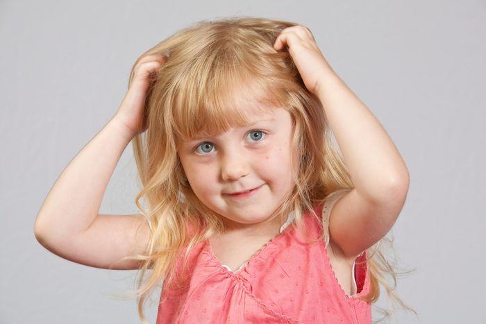 Шустрые паразиты. Как защитить ребенка от педикулёза