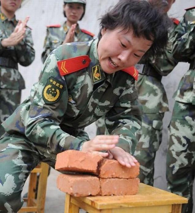 Дочери «Большого дракона» , женский спецназ Китая.
