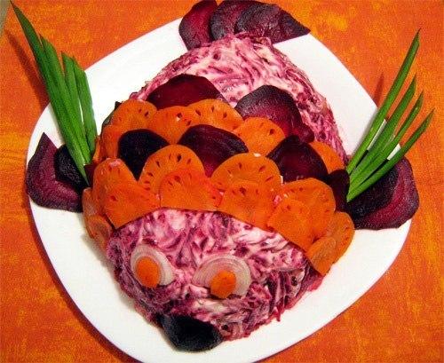 Украшение салатов и вторых блюд.