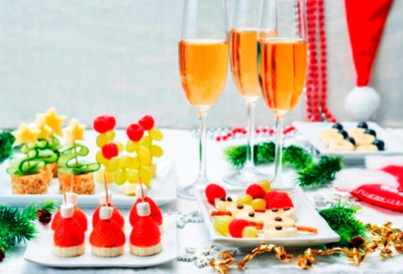 Чем закусывать шампанское: рецепты и полезные советы