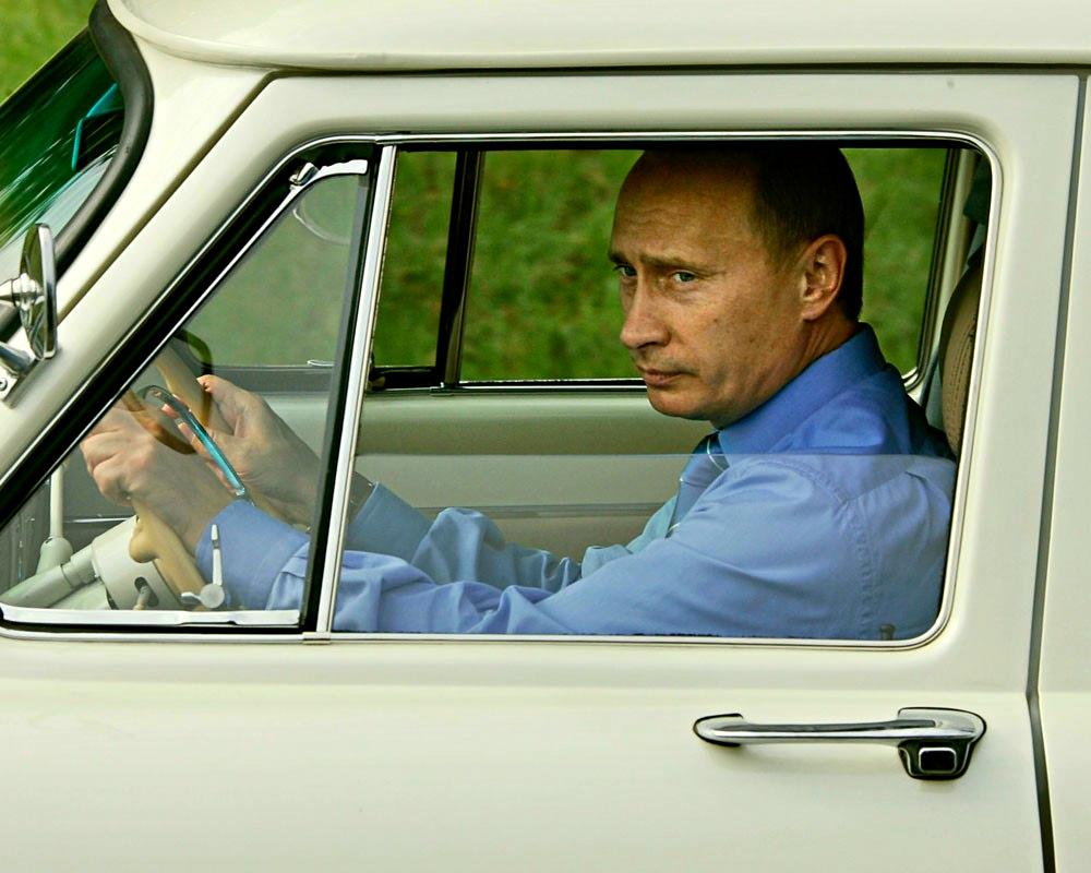 Иностранцы прониклись уважением к Путину, после его рассказа о жизни в 90-х: «Неужели он и правда водил такси?»