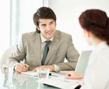 А вы бы приняли на работу такого специалиста?