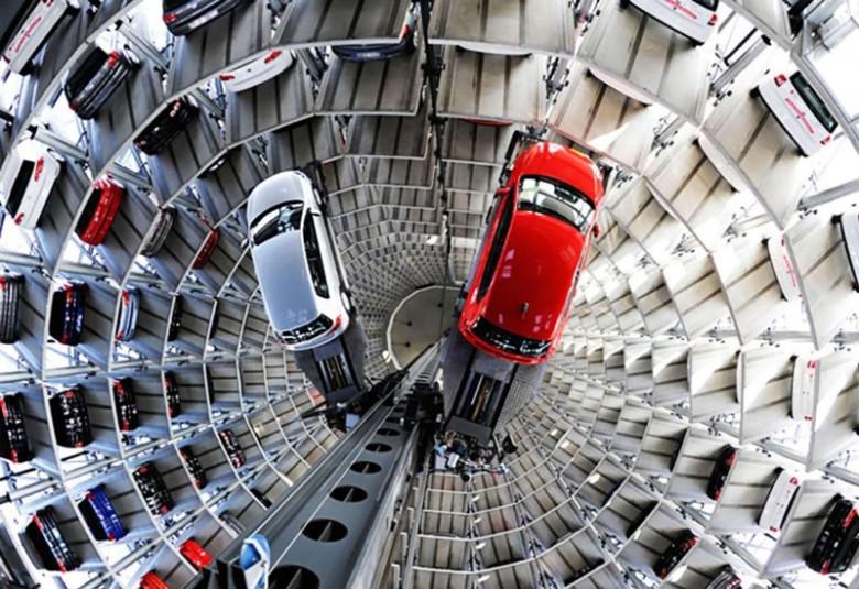 Как газировки попить. В Китае поставят гигантский торговый автомат по продаже авто