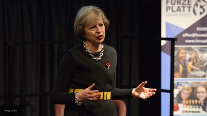 СМИ узнали, когда Мэй покинет пост премьера Британии