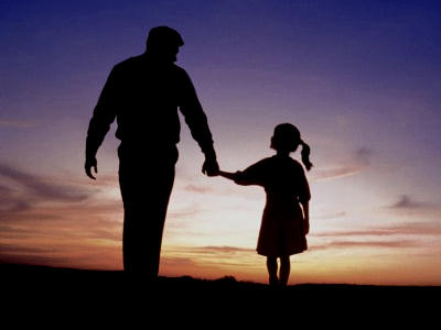 How To Keep A Strong Father-Daughter Long Distance Relationship