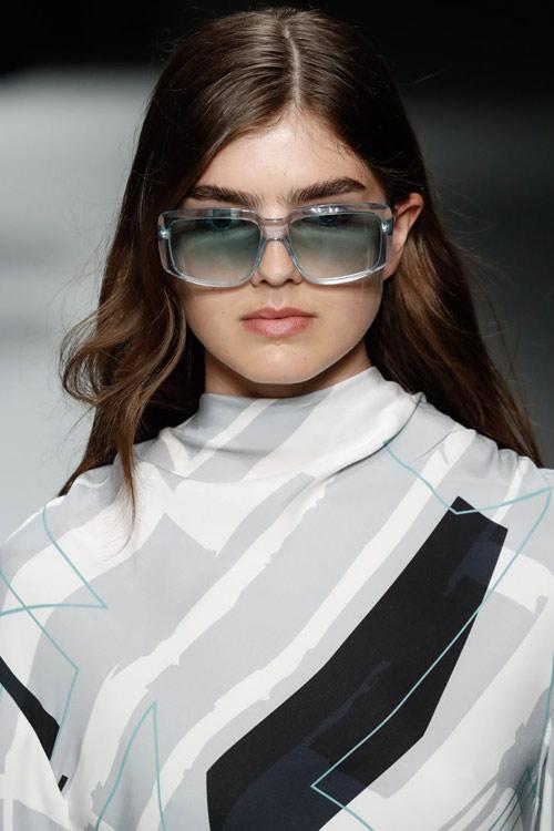 Солнечные очки вайфареры от Boss SS 2019
