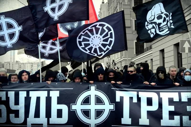 Псевдопатриотизм уходит в подполье. Итоги Дня народного единства