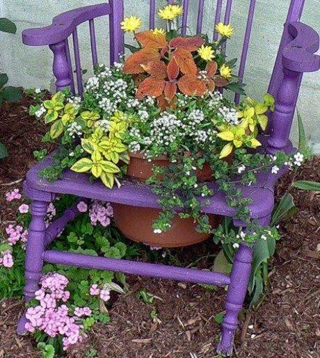 Необычные цветники и вазоны