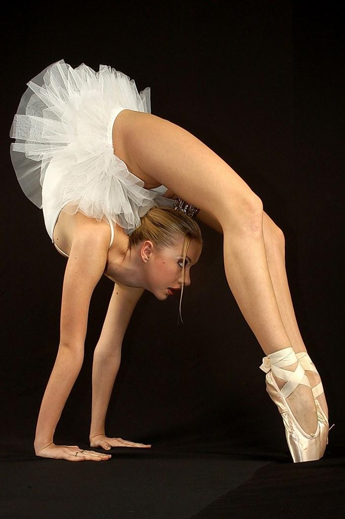 Голые гимнастки и балерины считаю