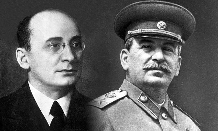 После 18 мая Украине придется возместить моральный ущерб Сталину и Берии