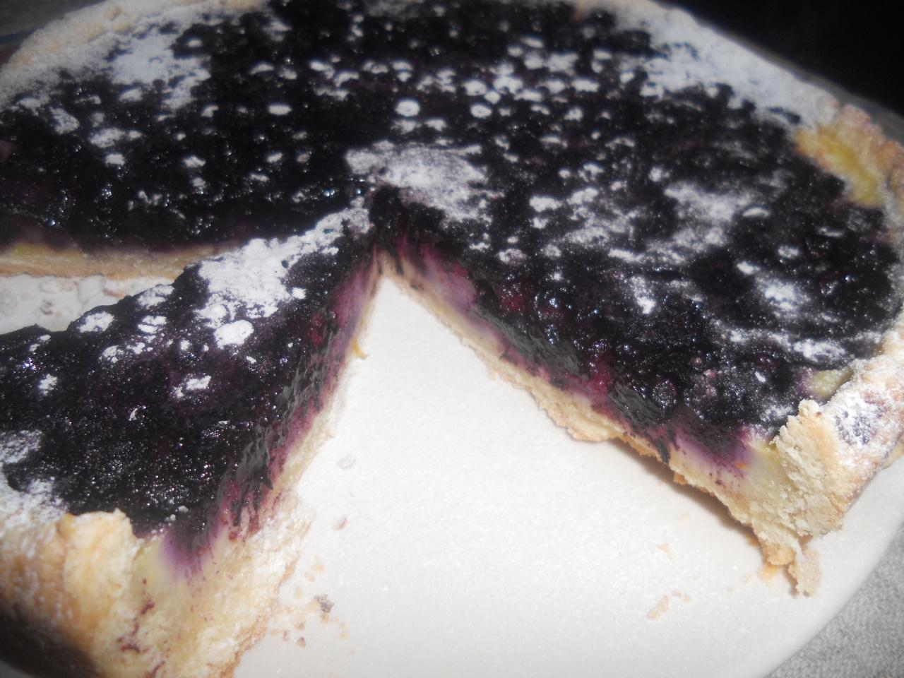 Субботний пирожок с черникой.