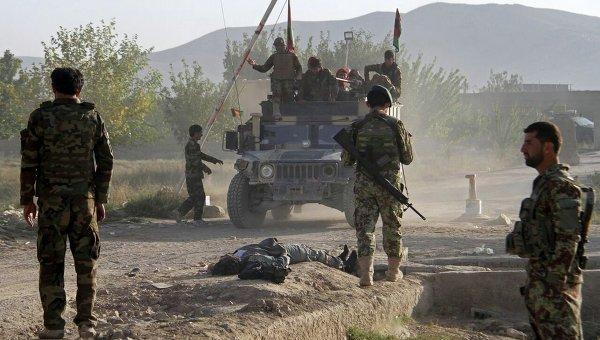 Наюге Афганистана талибы атаковали ряд КПП полиции