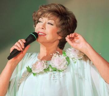 В Челябинск приезжает Эдита Пьеха с юбилейным концертом