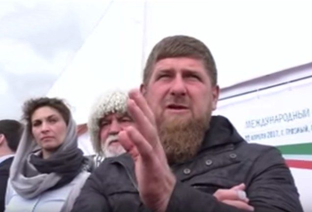 Кадыров призвал авторов «Новой газеты» встать на колени перед народом