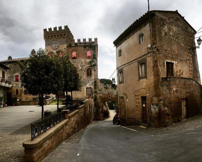 Италия бесплатно раздаст желающим 103 средневековых замка