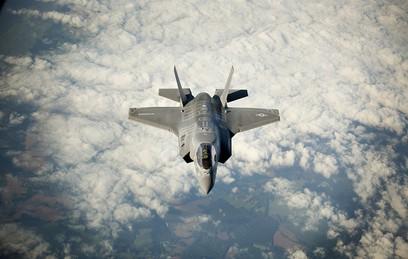 В США впервые разбился новейший и самый дорогой истребитель F-35