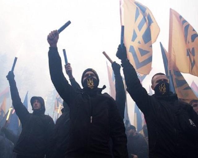 Украинцы «отметили» введение…
