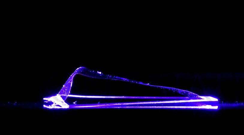 Создан первый в мире робот, работающий исключительно на энергии света