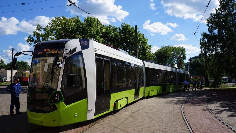 Линию трамвая «Чижик» в Пете…