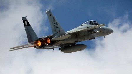 ВВС Израиля атаковали позици…