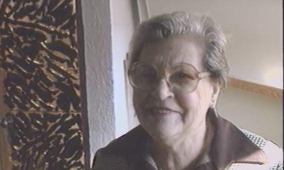 Эта женщина принципиально не убиралась более 20 лет, потому что в ее доме есть секрет…