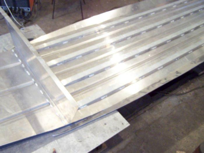 1477. Строительство алюминиевой лодки.