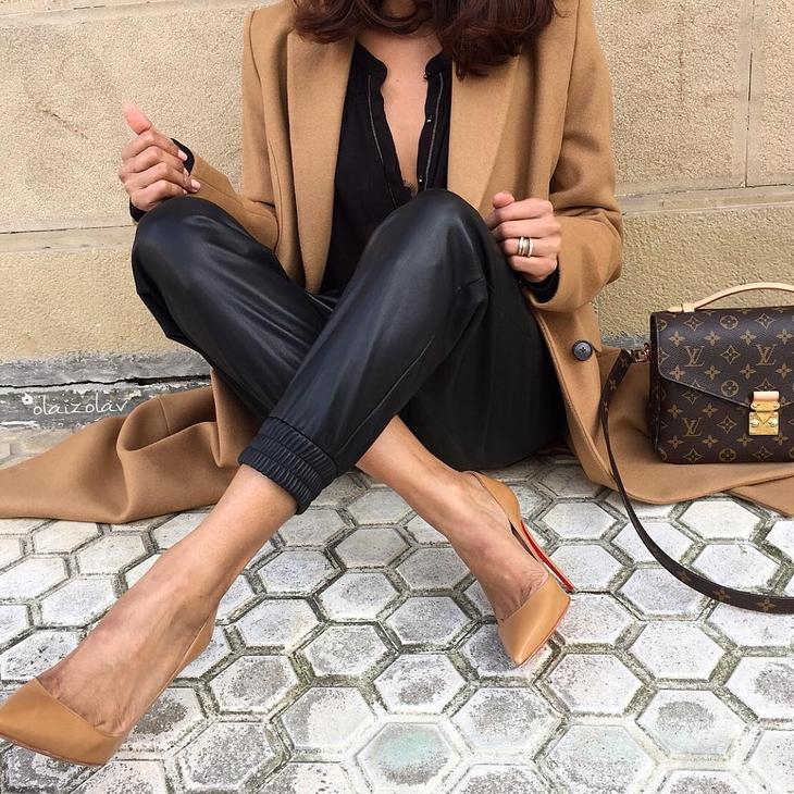 Бежевое пальто – находка для женского гардероба