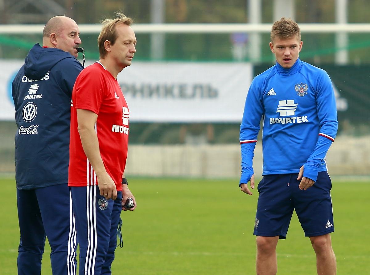 Станислав Черчесов: Звонил Шатову и Кокорину. Они сами все понимают