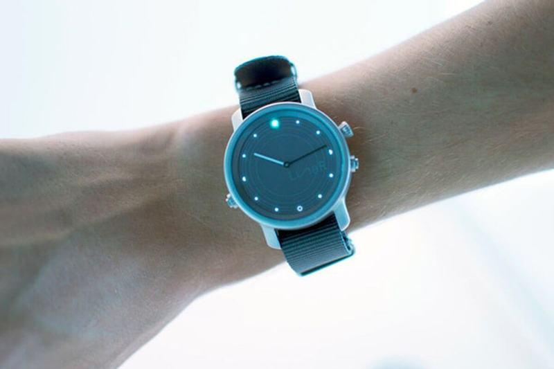 LunaR – первые часы, работающие от солнечного света