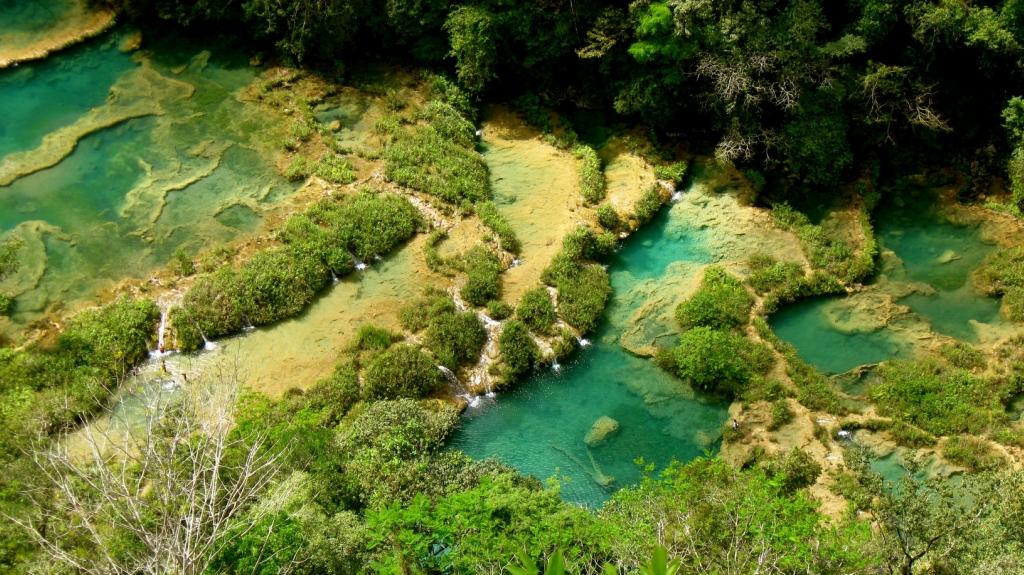 5 красивейших каскадных водопадов