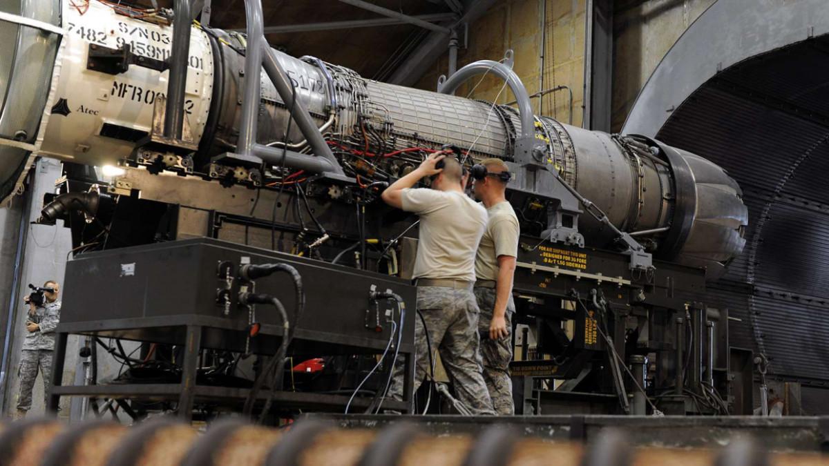 У Вашингтона нет шансов: США не способны защититься от гиперзвукового оружия России