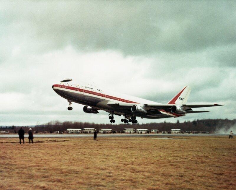 Первый взлет. Фото: Boeing боинг 747, история создания, технологии