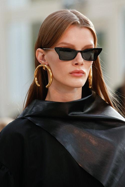 Очки киски из коллекции Valentino весна-лето 2019
