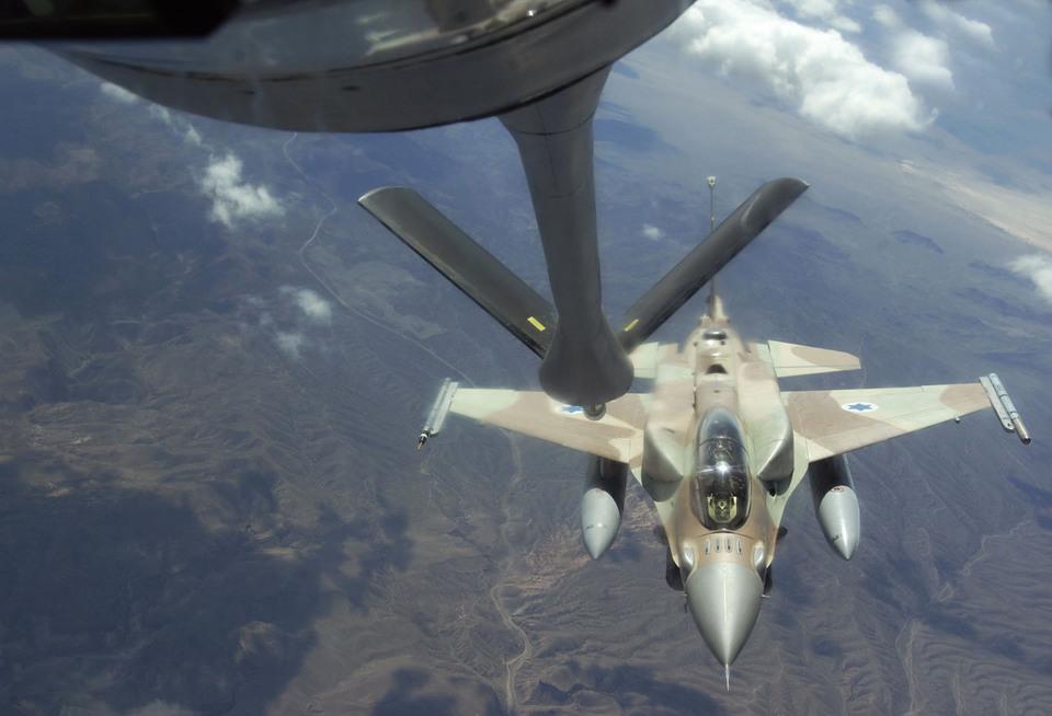 Израильские ВВС расстреляли …
