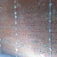 Как устанавливать маяки на стену