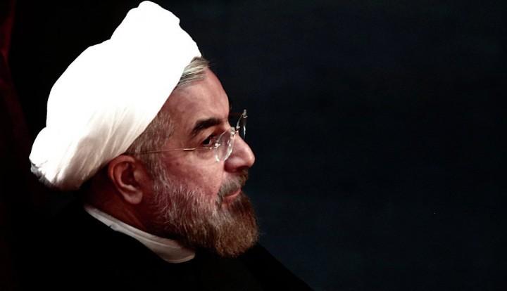 Президент Ирана: спланировавшие снижение цен на нефть пожалеют об этом