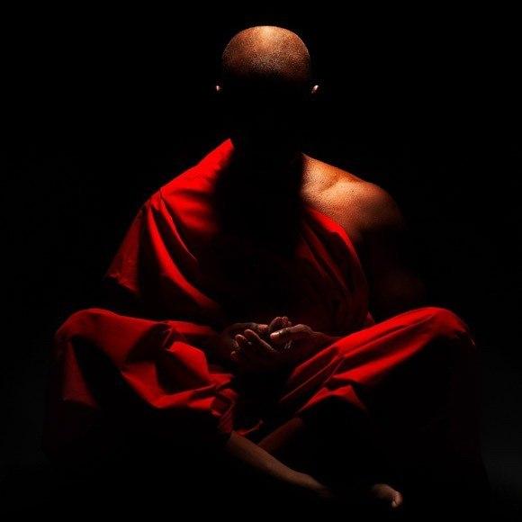Утренняя гимнастика по системе тибетских лам  (занимает около семи минут)