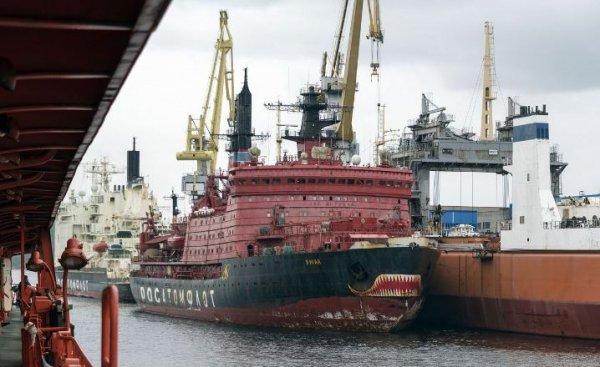Китай обещает вложить 10 миллиардов долларов в арктические проекты в России
