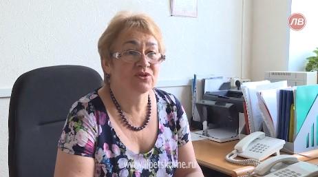 Липецкие чиновницы играют роли счастливых пенсионерок на местном телевидении