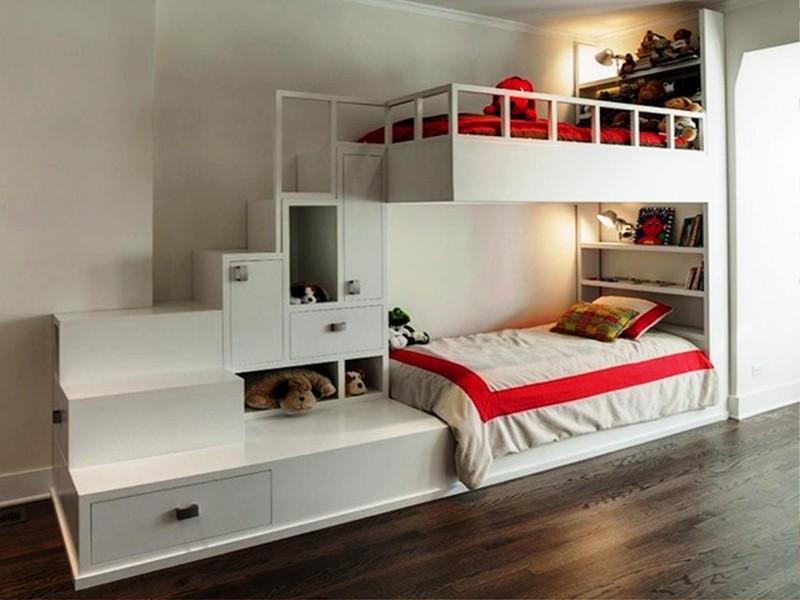 Такое решение отлично подходит для оформления детской, когда в ней живут несколько детей двухъярусная кровать, дизайн, идеи, маленькая квартира