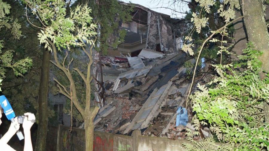 МЧС ДНР: Причиной разрушения здания университета в Донецке был взрыв